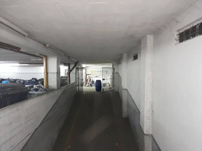 Foto Local en Venta en  Mataderos ,  Capital Federal  Av. Lisandro de la Torre al 2400