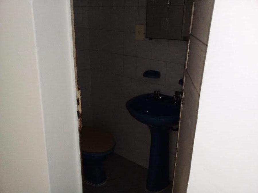 Foto Local en Alquiler en  Remedios de Escalada de San Martin,  Rosario  MENDOZA al 4400