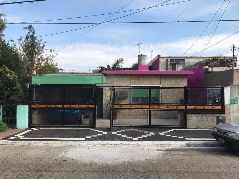 Foto PH en Alquiler en  Lomas De Zamora,  Lomas De Zamora  Julian Aguirre 1036