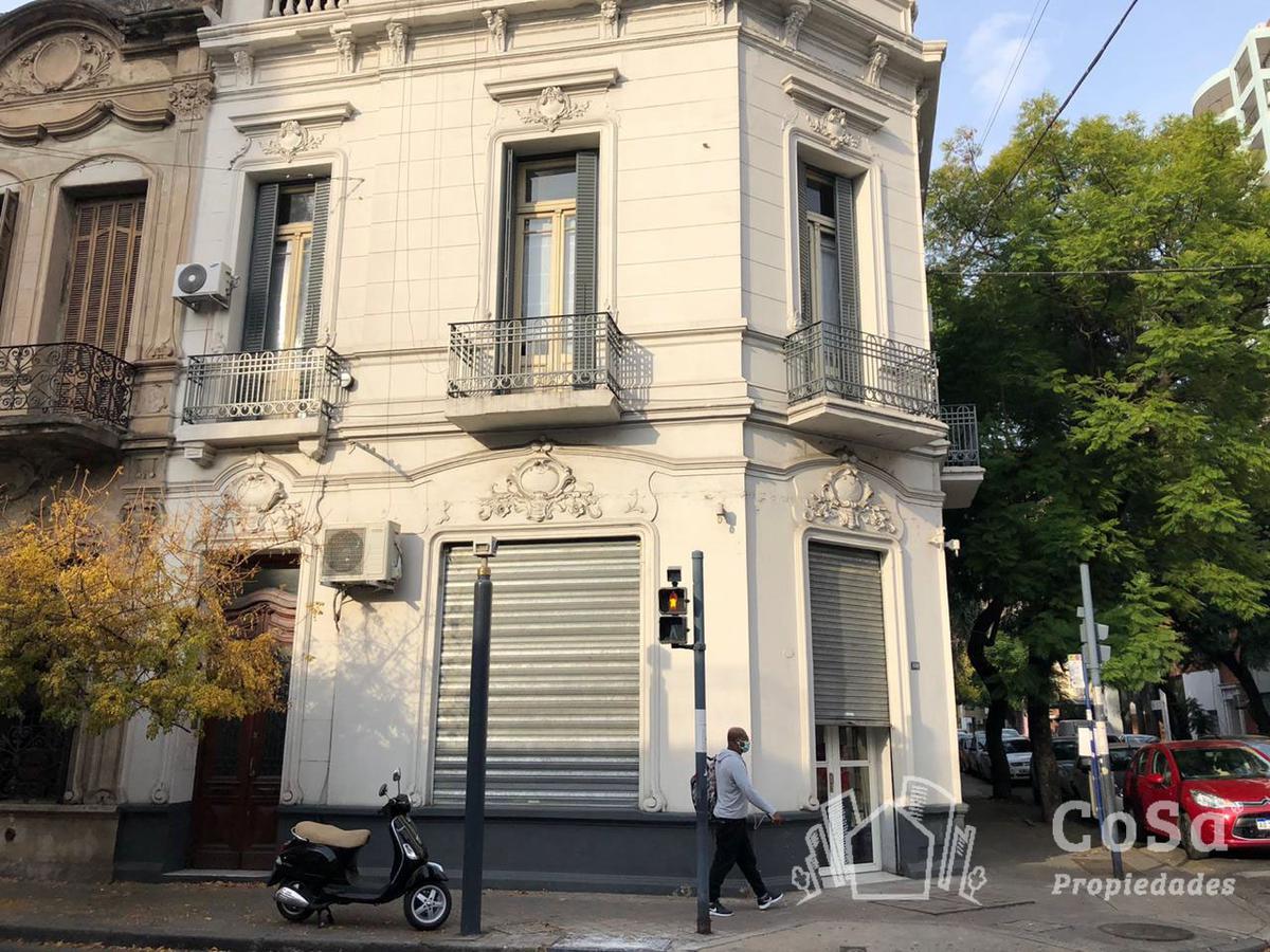 Foto Local en Venta en  Centro,  Rosario  Urquiza 1698