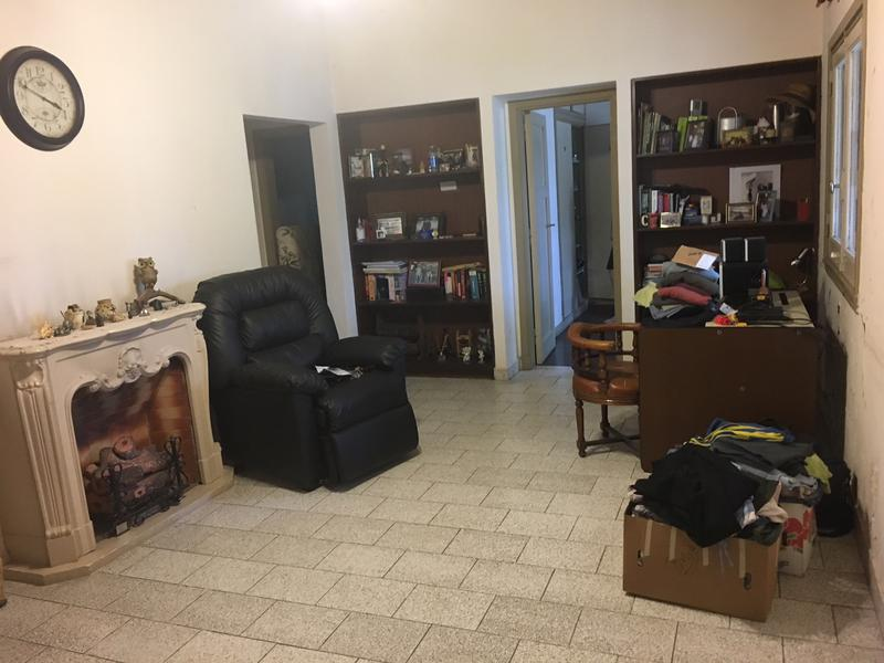 Foto Casa en Venta en  Ezeiza ,  G.B.A. Zona Sur  Barrio Uno, Olegario Andrade al 400