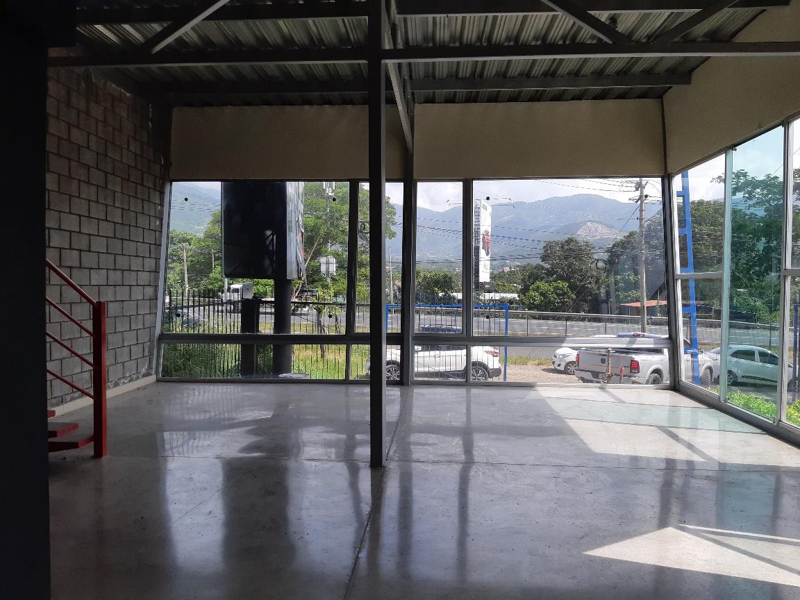 Foto Bodega Industrial en Venta | Renta en  Santa Ana ,  San José  Bodega con Showroom y Oficina.