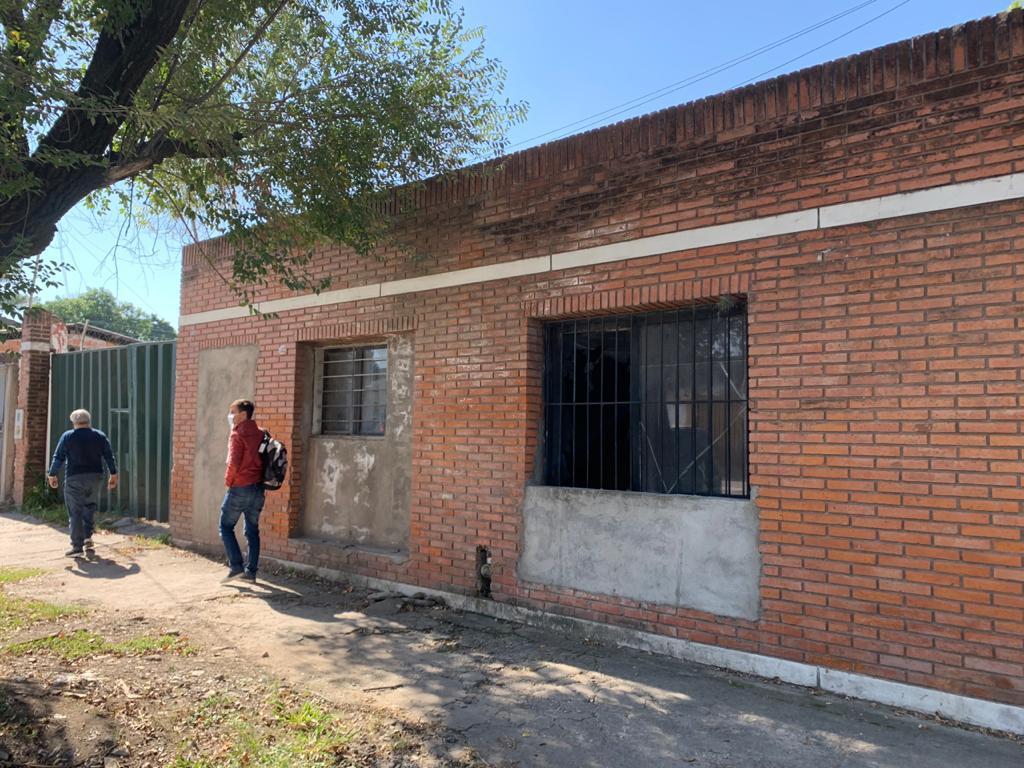 Foto Local en Alquiler en  San Miguel De Tucumán,  Capital  congreso al 1300