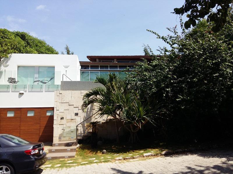 Foto Casa en Venta en  Solidaridad,  Playa del Carmen  Playacar Fase I