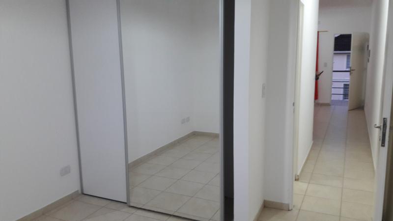 Foto Departamento en Alquiler en  Bella Vista,  San Miguel  Guido y Spano 2