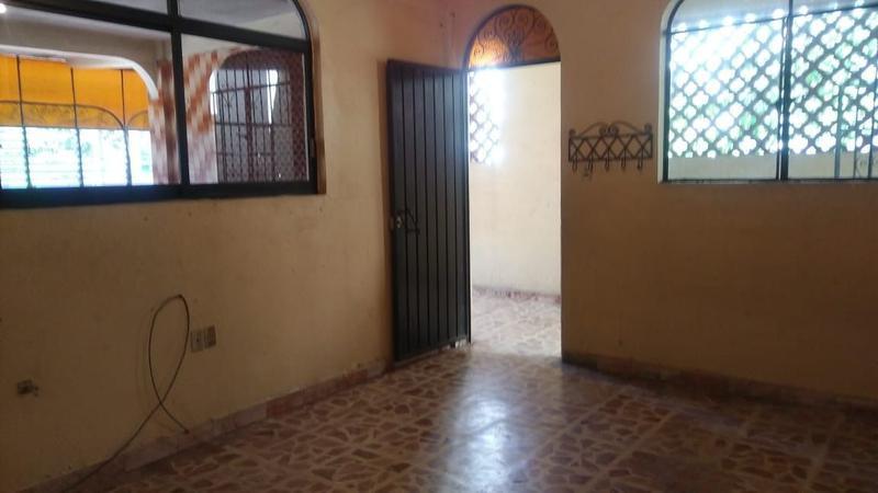 Foto Edificio Comercial en Renta en  Fraccionamiento Mozimba,  Acapulco de Juárez  EDIFICIO CON DEPARTAMENTO Y LOCALES EN RENTA SOBRE CALZADA PIE DE LA