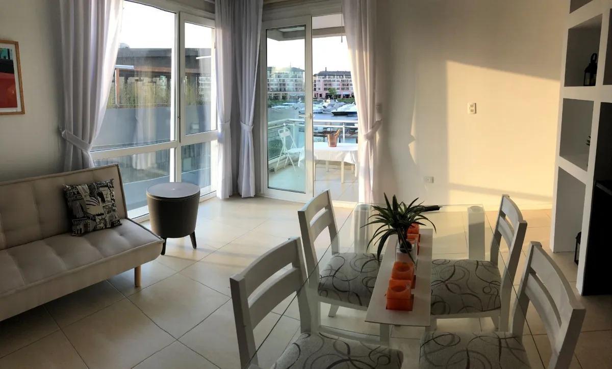 Foto Departamento en Alquiler en  Wyndham Condominios,  Bahia Grande  FAS Condominios Wyndham. Departamento 2 ambientes amueblado. Alquiler