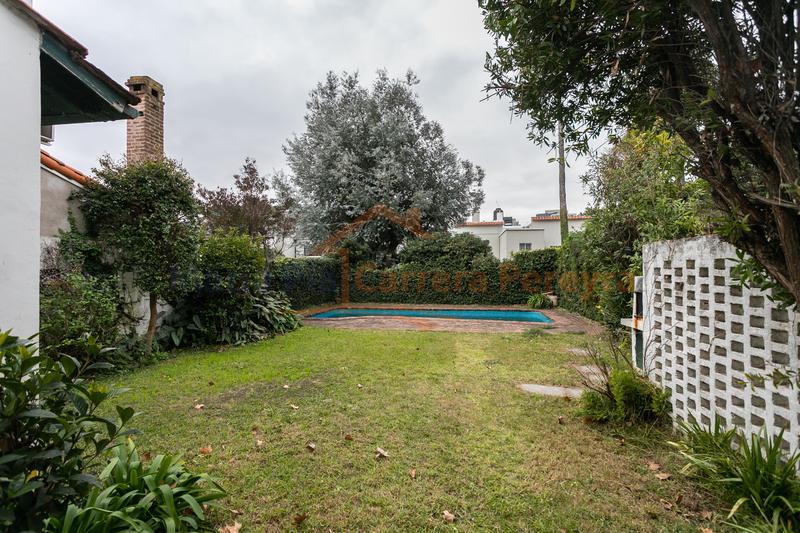 Foto Casa en Venta en  Vicente López ,  G.B.A. Zona Norte  MONASTERIO al 200