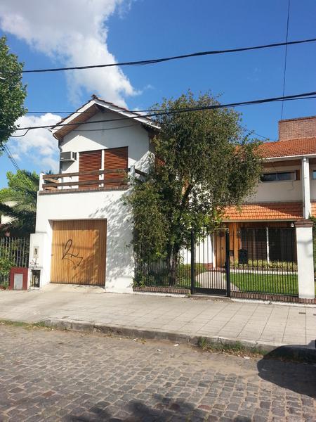 Foto Casa en Venta en  Temperley Este,  Temperley  Juncal 231