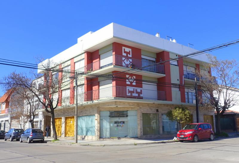 Foto Departamento en Alquiler en  San Jose,  Mar Del Plata  Saavedra esquina Jujuy