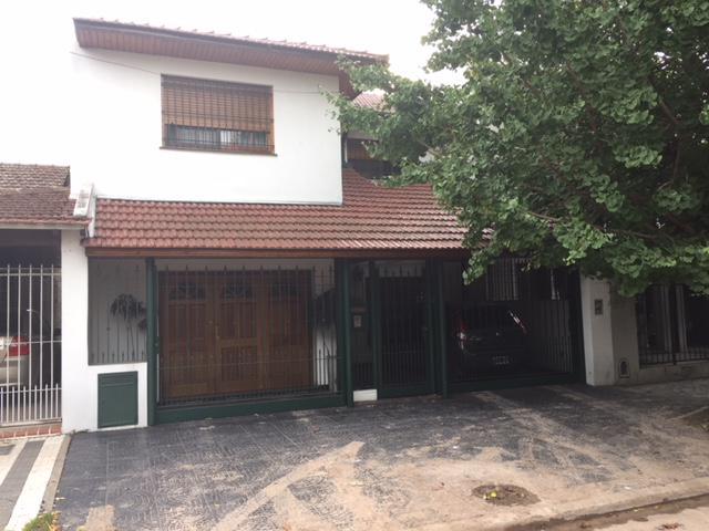 Foto Casa en Venta en  Lomas de Zamora Este,  Lomas De Zamora  Belgrano 432