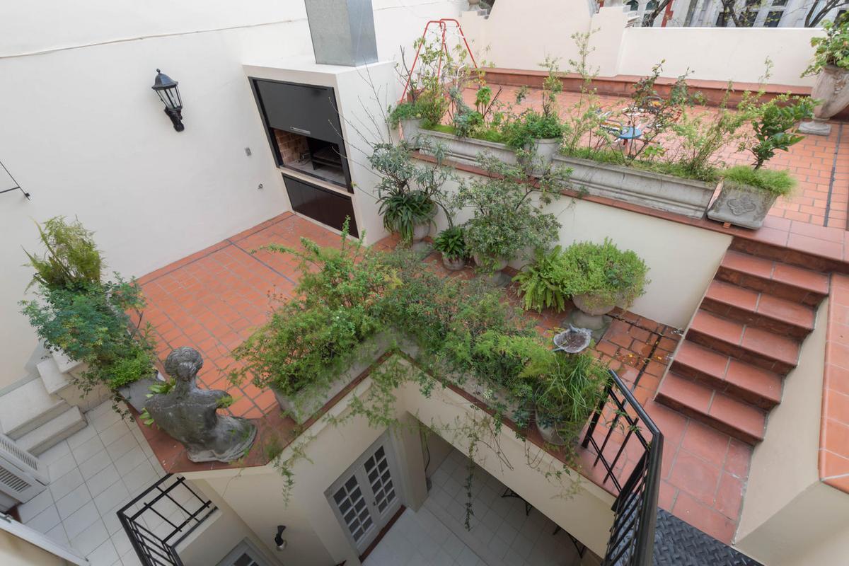 Foto Casa en Venta    en  Flores ,  Capital Federal  CAMACUA al 319