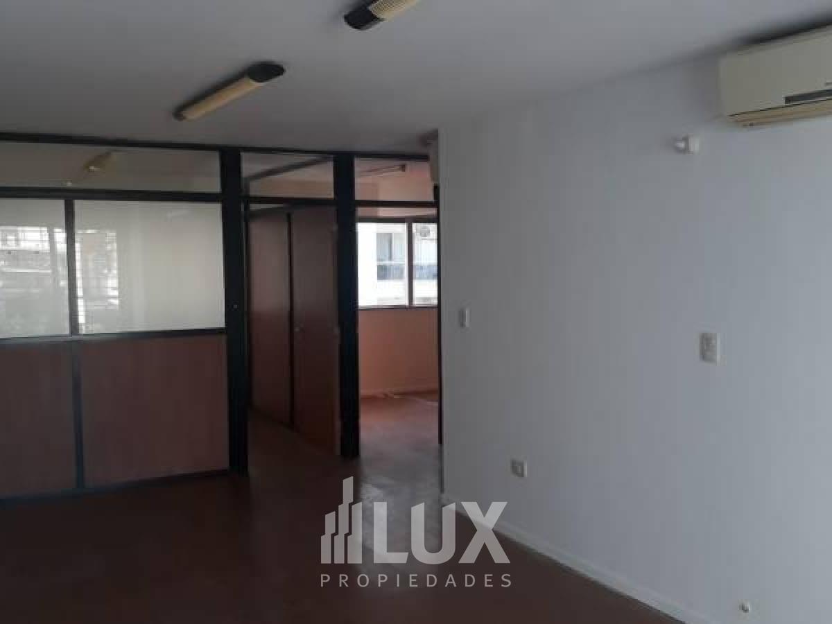 Oficina en venta Montevideo 2400- Remedios de Escalada de San Martin
