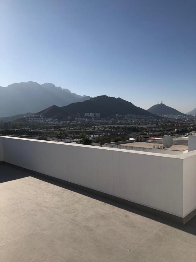Foto Casa en Venta en  Lomas del Vergel,  Monterrey  CASA EN VENTA EN LOMAS DEL VERGEL 2DO SECTOR MONTERREY NUEVO LEON ZONA SUR