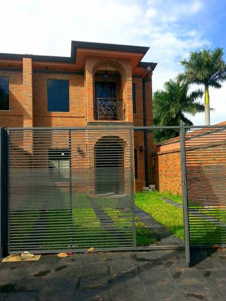 Foto Casa en Alquiler en  Villa Aurelia,  La Recoleta  Zona Villa Aurelia