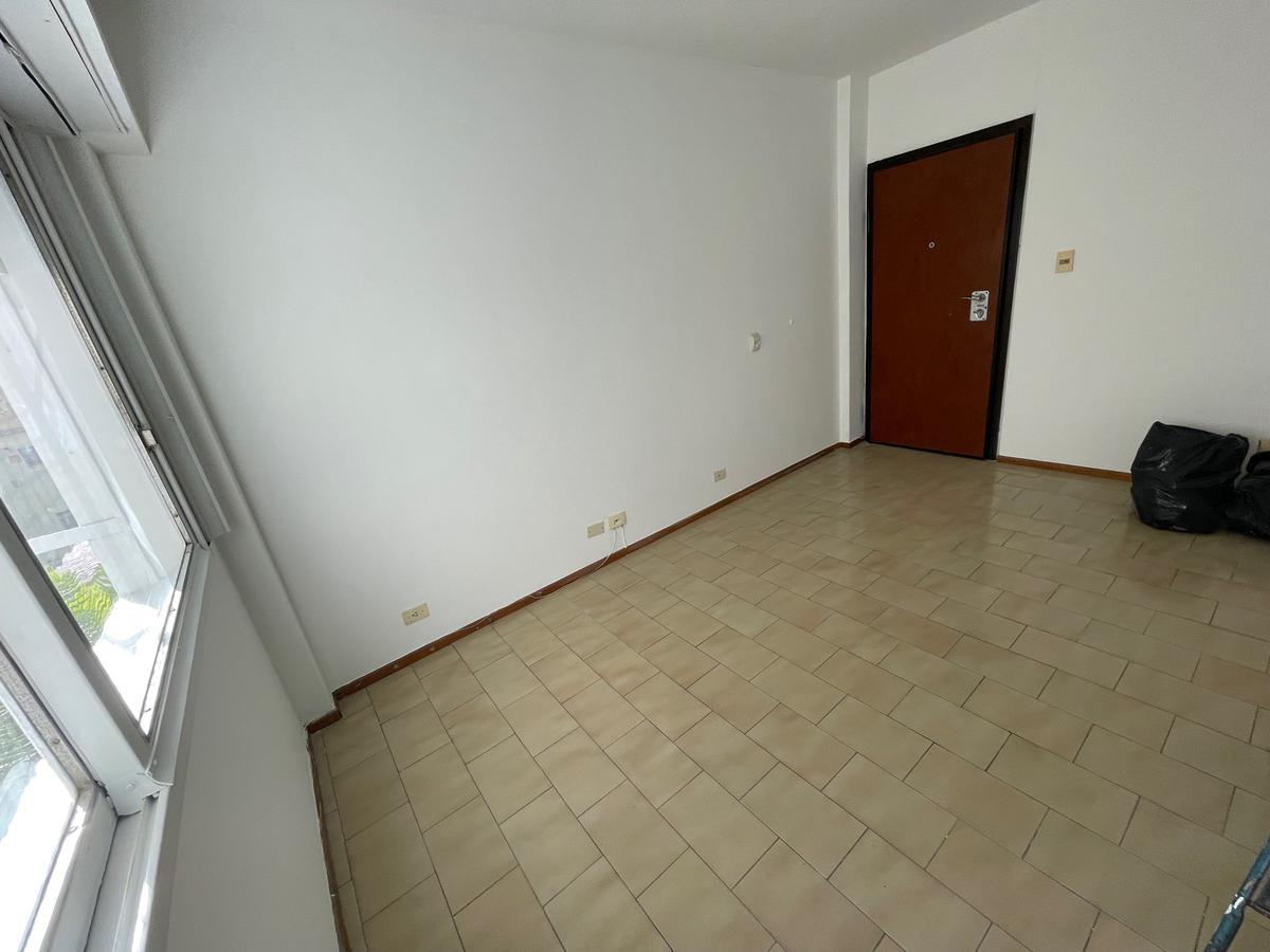 Foto Departamento en Alquiler en  Villa Devoto ,  Capital Federal  Jose Pedro Varela al 3900