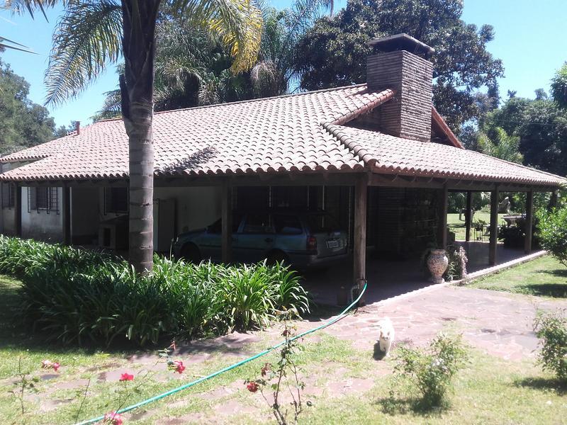 Foto Casa en Venta en  Barrio Parque Leloir,  Ituzaingo  Gobernador Udaondo al 2200