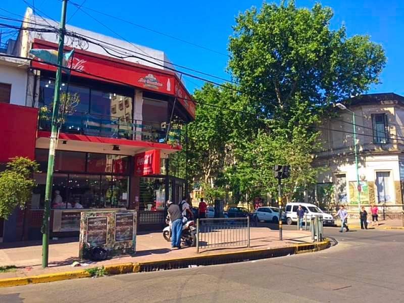 Foto Local en Alquiler en  Lomas De Zamora,  Lomas De Zamora  Boedo 301