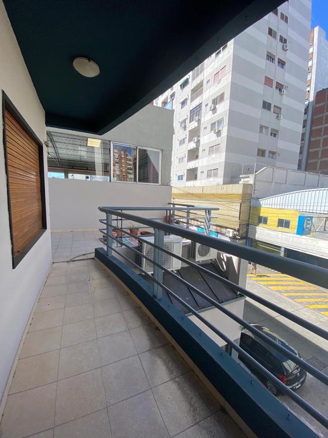 Foto Departamento en Venta en  Quilmes ,  G.B.A. Zona Sur  San Martín al 600