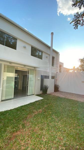 Foto Casa en Alquiler en  Mburucuya,  Santisima Trinidad  Zona Lumen
