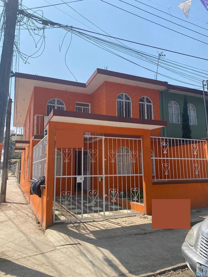 Foto Casa en Venta en  Las Primaveras,  Coatepec  BONITA CASA EN VENTA EN COL. PRIMAVERAS, COATEPEC, VER.