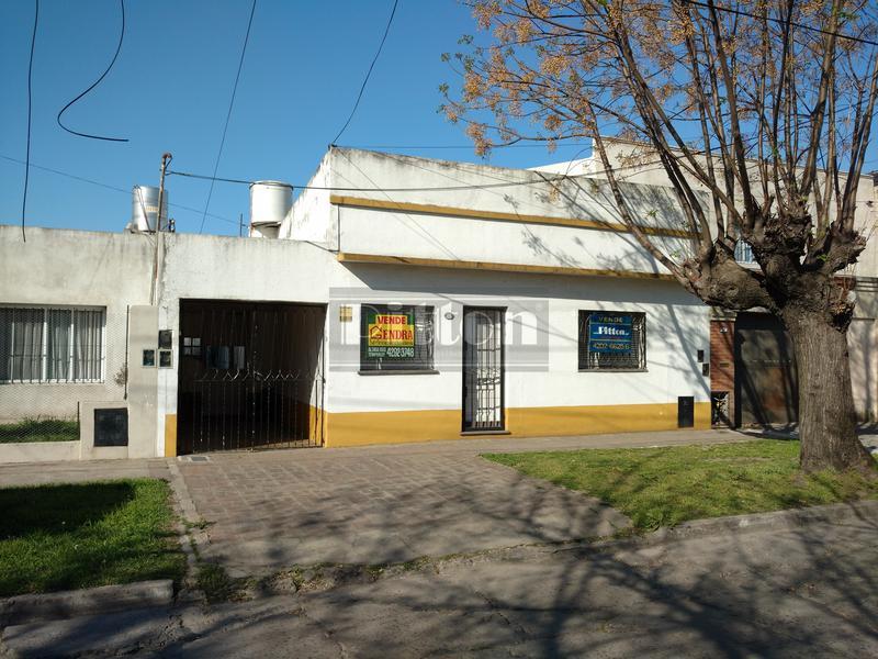 Foto PH en Venta en  Temperley Este,  Temperley  Arroyito 78