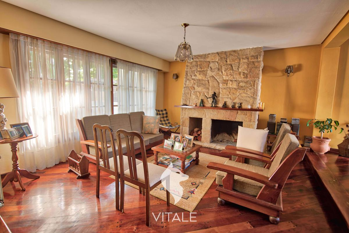 Foto Casa en Venta en  P.Luro,  Mar Del Plata  Juan A. Peña al 4200