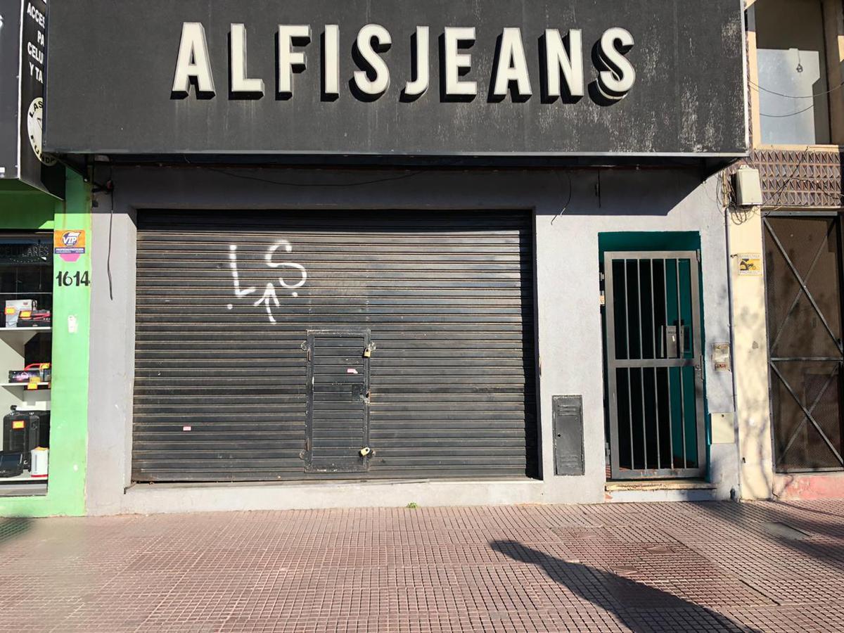 Foto Local en Alquiler en  Virr.-Estacion,  Virreyes  Avellaneda al 1600