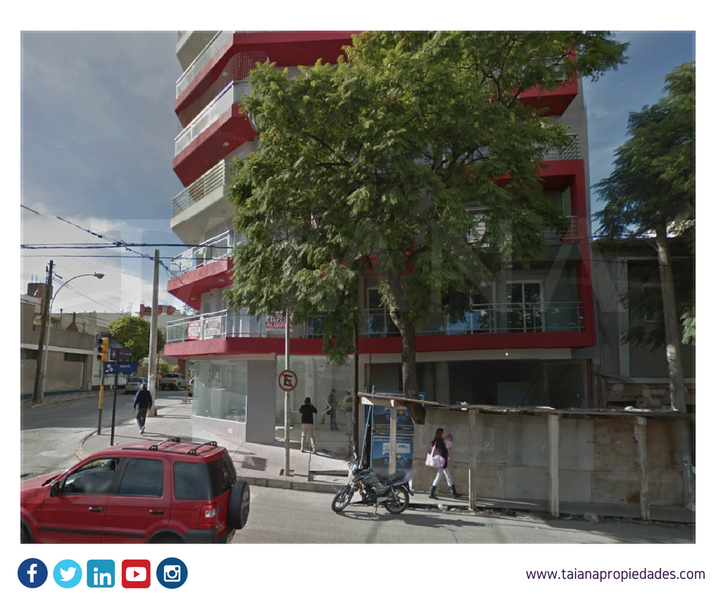 Foto Local en Venta en  Centro,  Cordoba  Santa Fe al 700