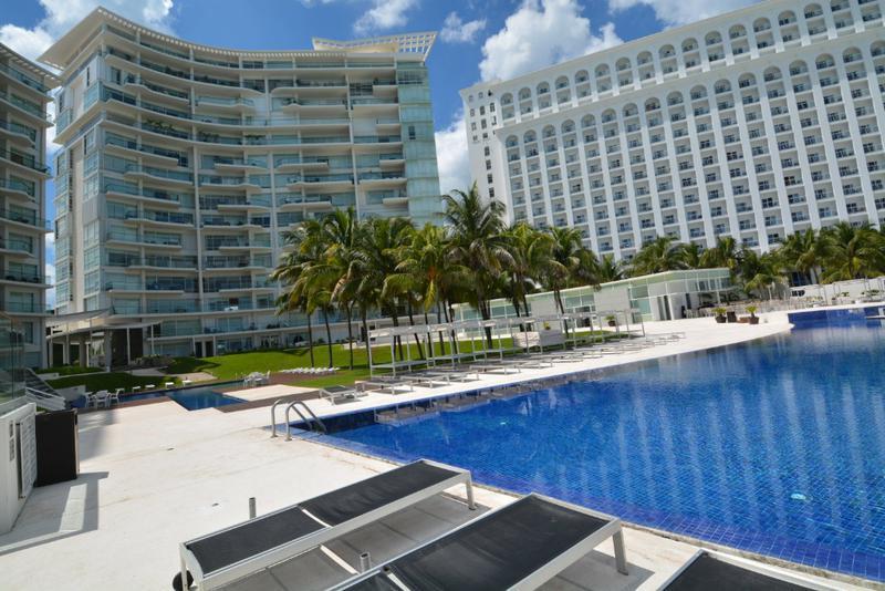 Foto Departamento en Venta en  Zona Hotelera,  Cancún  Punta Cancun Zona Hotelera