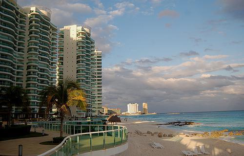 Foto Departamento en Renta en  Zona Hotelera,  Cancún  HERMOSO DEPARTAMENTO RENTA ANUAL EN BAY VIEW GRAND
