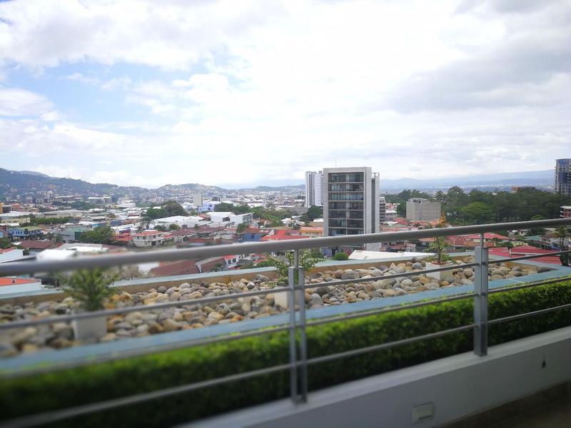 Foto Departamento en Venta en  Mata Redonda,  San José  Apartamento en Rohrmoser inteligente con acabados de Lujo