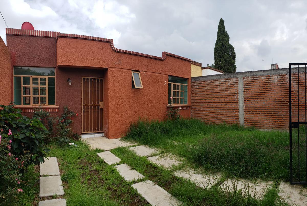 Foto Casa en Venta en  Morelia ,  Michoacán  JARDINES DE TORREMOLINOS