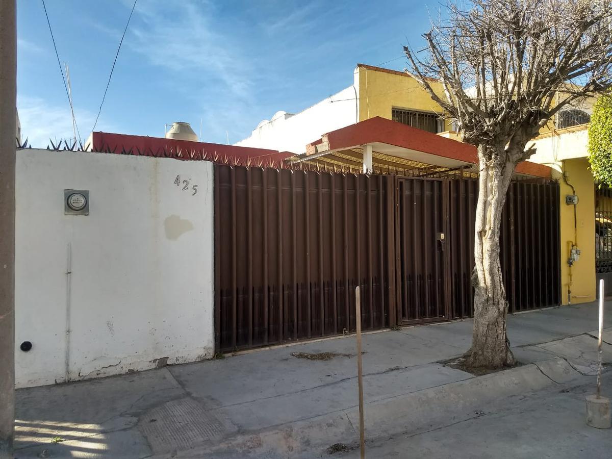 Foto Casa en Venta en  San Luis Potosí ,  San luis Potosí  CASA EN VENTA DE 1 PLANTA EN COL. LOS REYES, SAN LUIS POTOSI