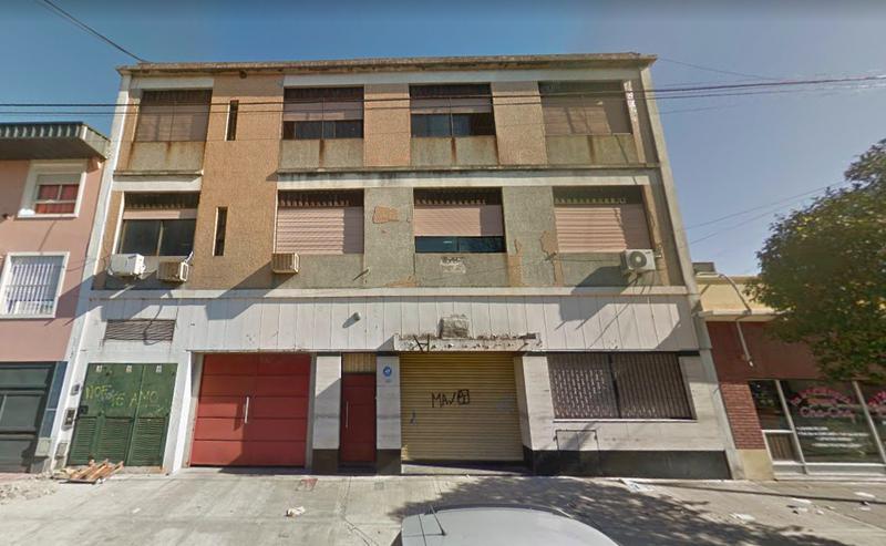 Foto Edificio Comercial en Venta en  Villa Lugano ,  Capital Federal  Guamini  al 5600