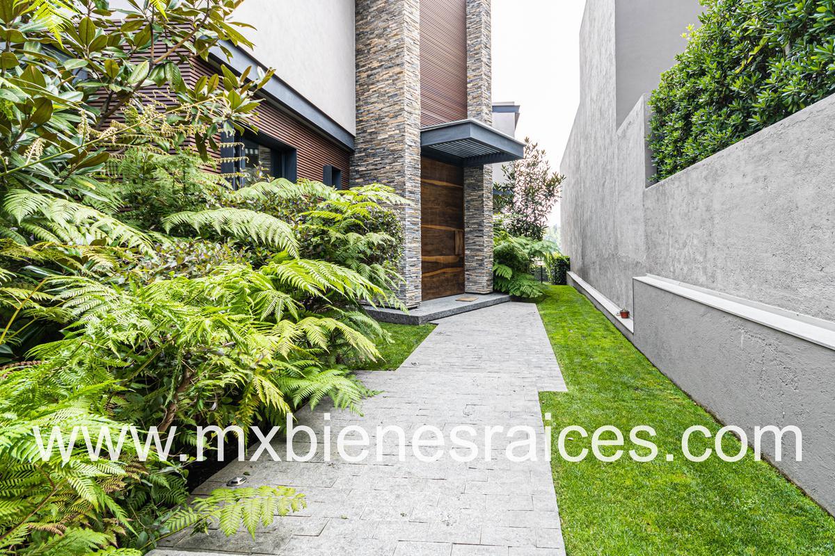 Foto Casa en Venta | Renta en  Bosque Real,  Huixquilucan  El secreto  Bosque Real