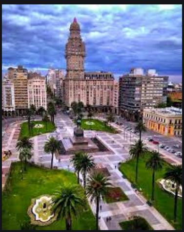 Foto Hotel en Venta   Alquiler en  Centro (Montevideo),  Montevideo  Venta o alquiler Hotel céntrico, impecable!