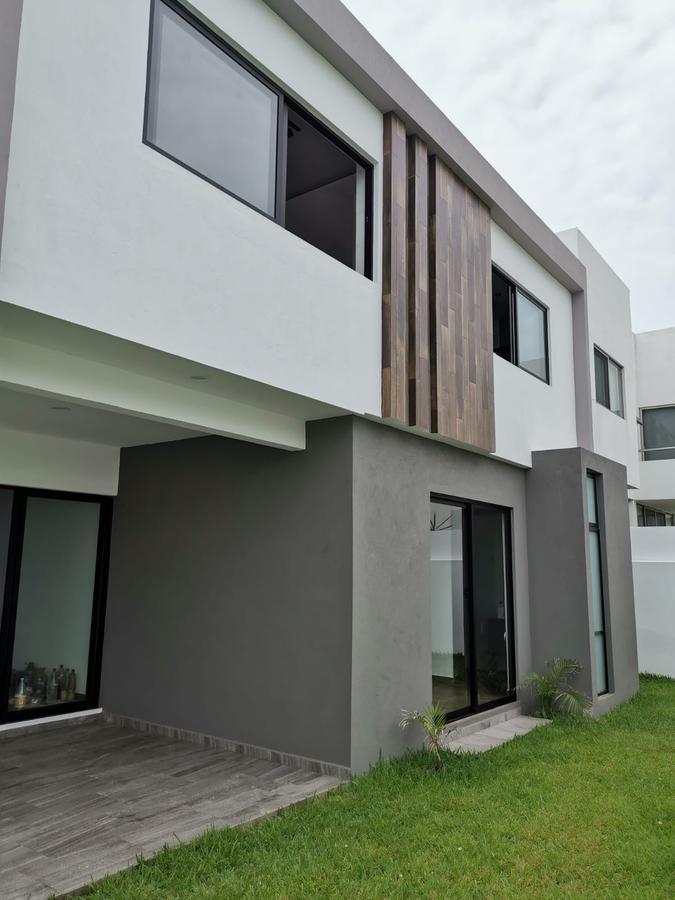 Foto Casa en Venta en  Punta Tiburón,  Alvarado  PUNTA TIBURON, Casa en VENTA con área de TV, estudio, jardín y terraza