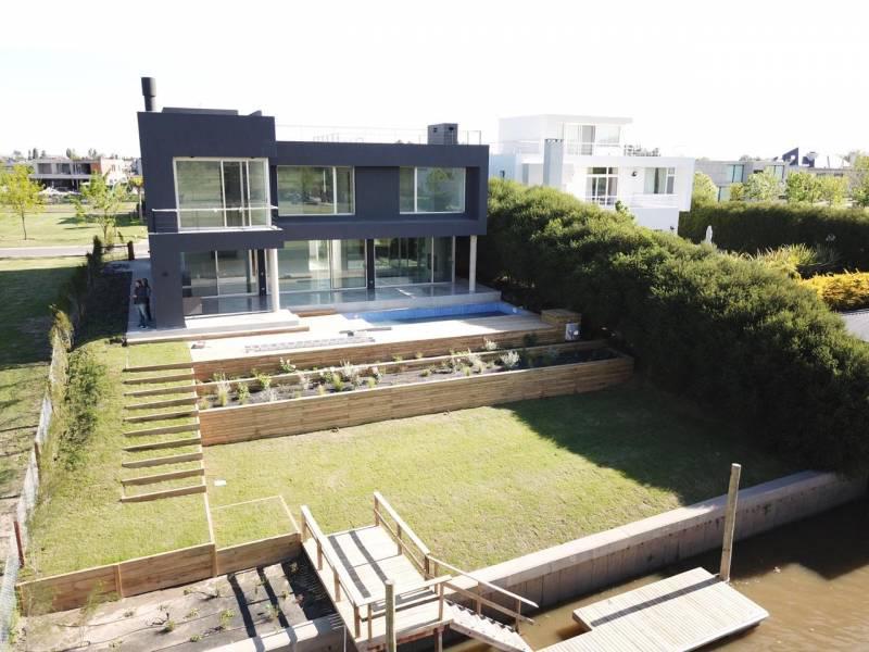 Foto Casa en Venta en  El Yacht ,  Nordelta  Yacht al 100