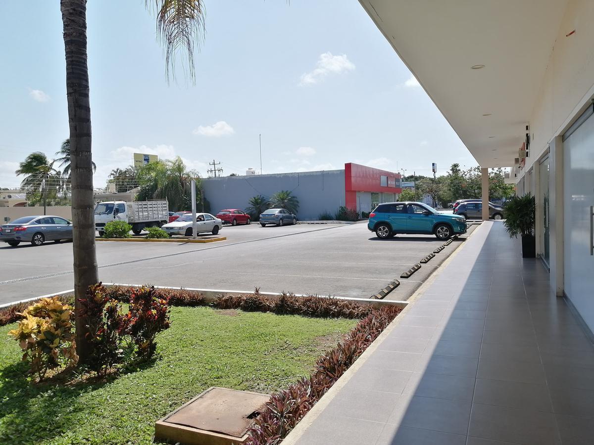Foto Local en Renta en  Mérida ,  Yucatán  Local de 41.15 m2 En Plaza Santander Av Lavín