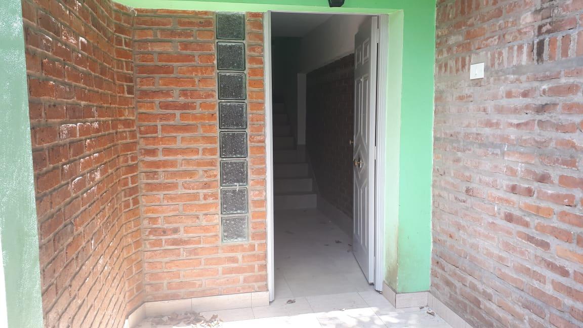 Foto PH en Alquiler en  Don Torcuato,  Tigre  Arata al 900