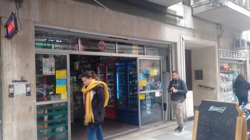 Foto Fondo de Comercio en Venta en  Flores ,  Capital Federal  Pumacahua y Rivadavia