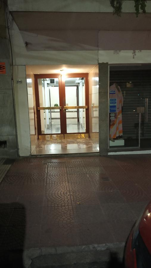 Foto Departamento en Venta en  Recoleta ,  Capital Federal  AGÜERO AL 1600