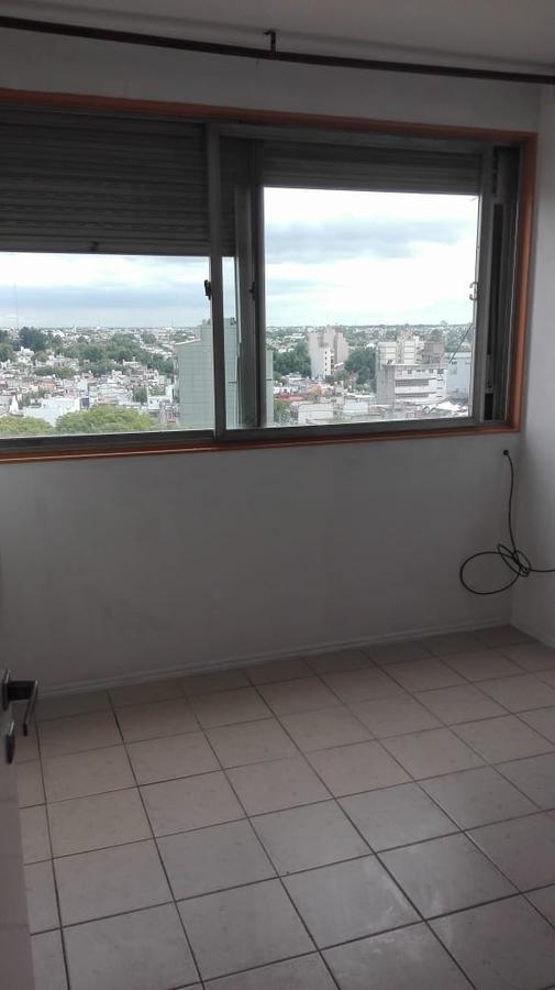 Foto Departamento en Venta en  Liniers ,  Capital Federal  Liniers