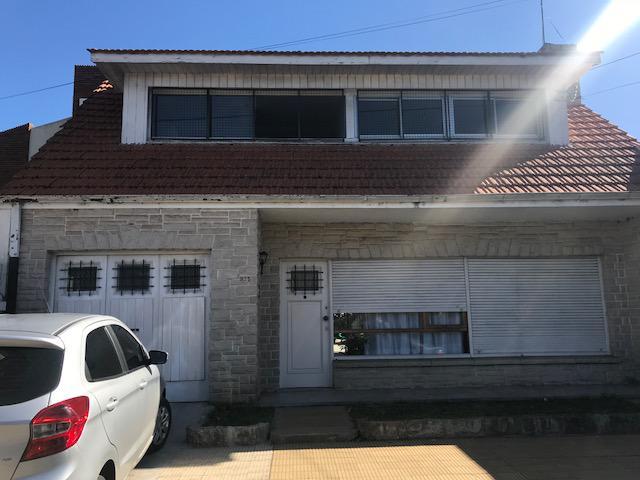 Foto Casa en Venta en  Temperley Este,  Temperley  Lucio Vicente Lopez 600