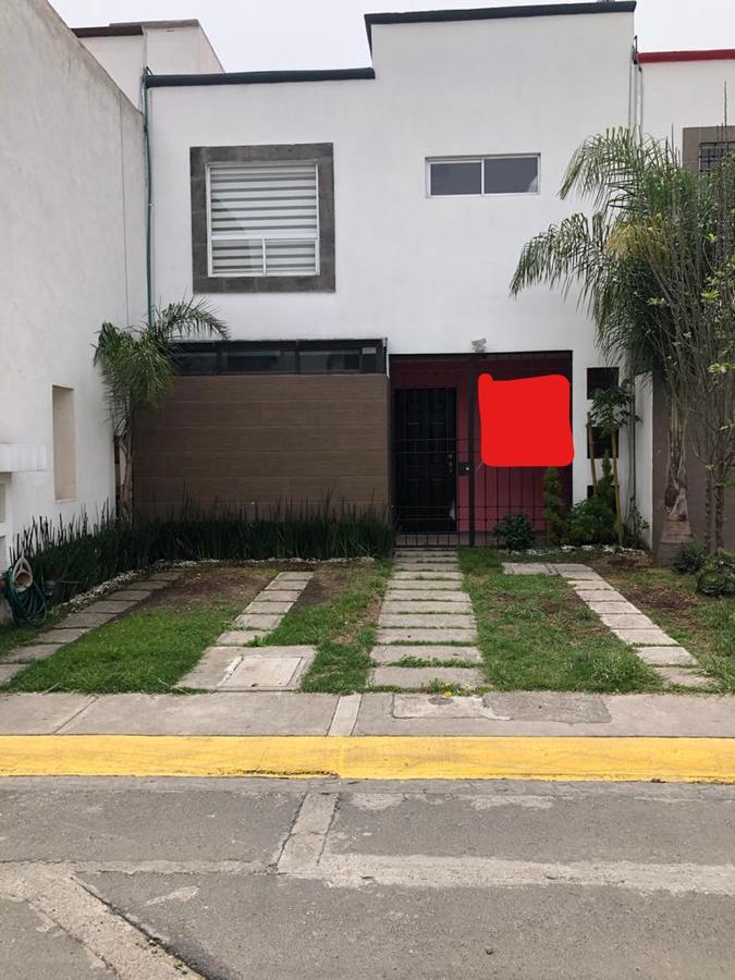 Foto Casa en Renta en  Toluca ,  Edo. de México  CASA EN RENTA EN BOSQUES DE CANTABRIA
