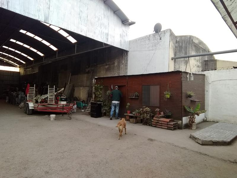 Foto Depósito en Alquiler en  Ciudadela Sur,  San Miguel De Tucumán  AV COLON al 1100