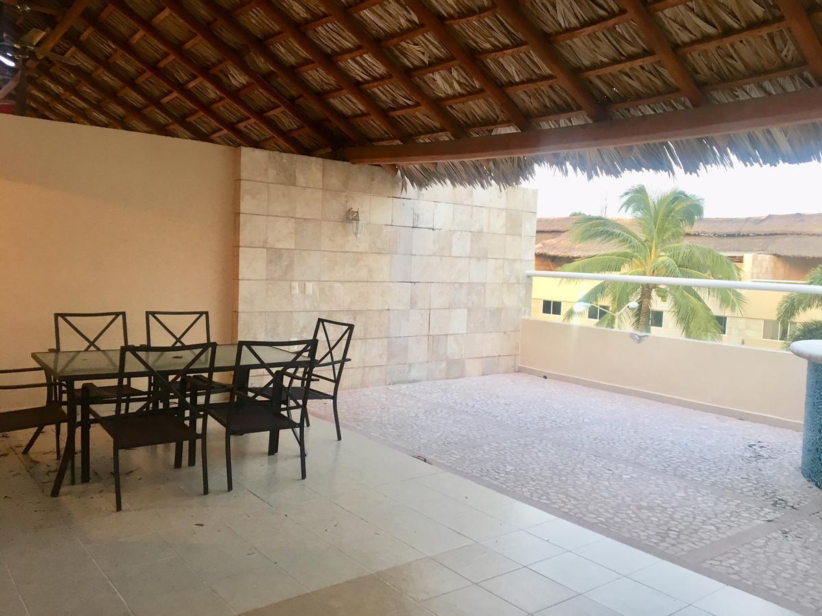 Foto Casa en condominio en Venta en  Acapulco de Juárez ,  Guerrero  Venta   Villa en Fraccionamiento Banús, Acapulco, Guerrero.