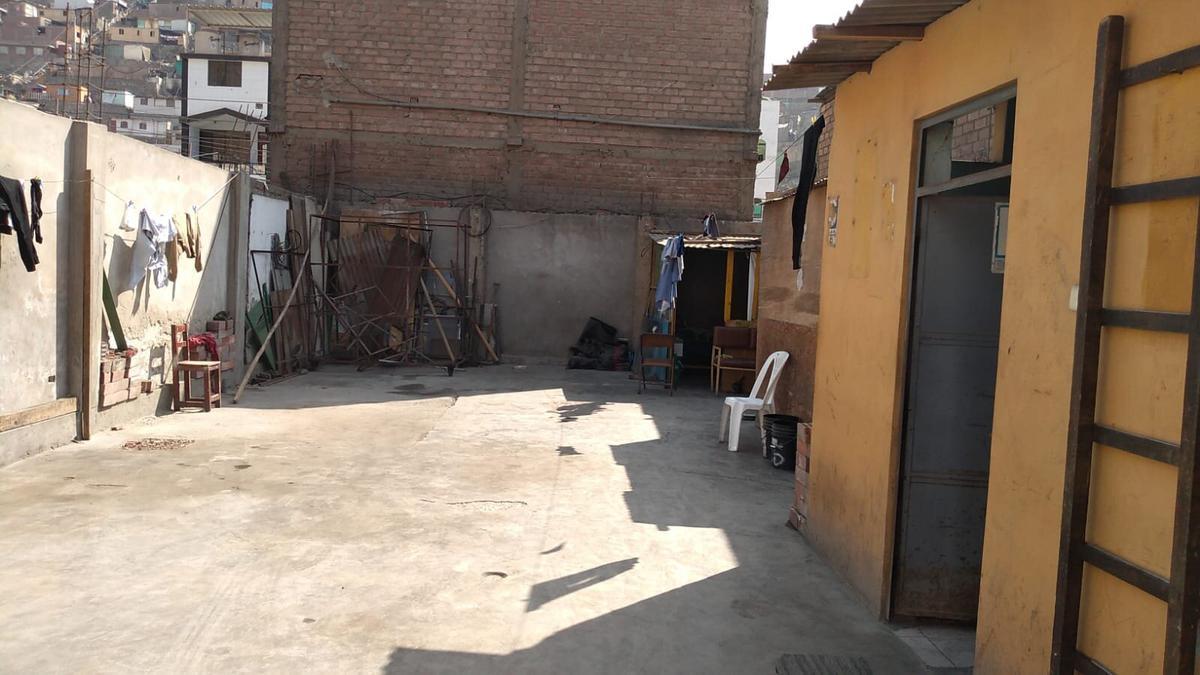 Foto Terreno en Venta en  San Juan de Lurigancho,  Lima  MZ B LOTE 8 3era ETAPA SECTOR 5 JUAN PÁBLO II CANTO GRANDE