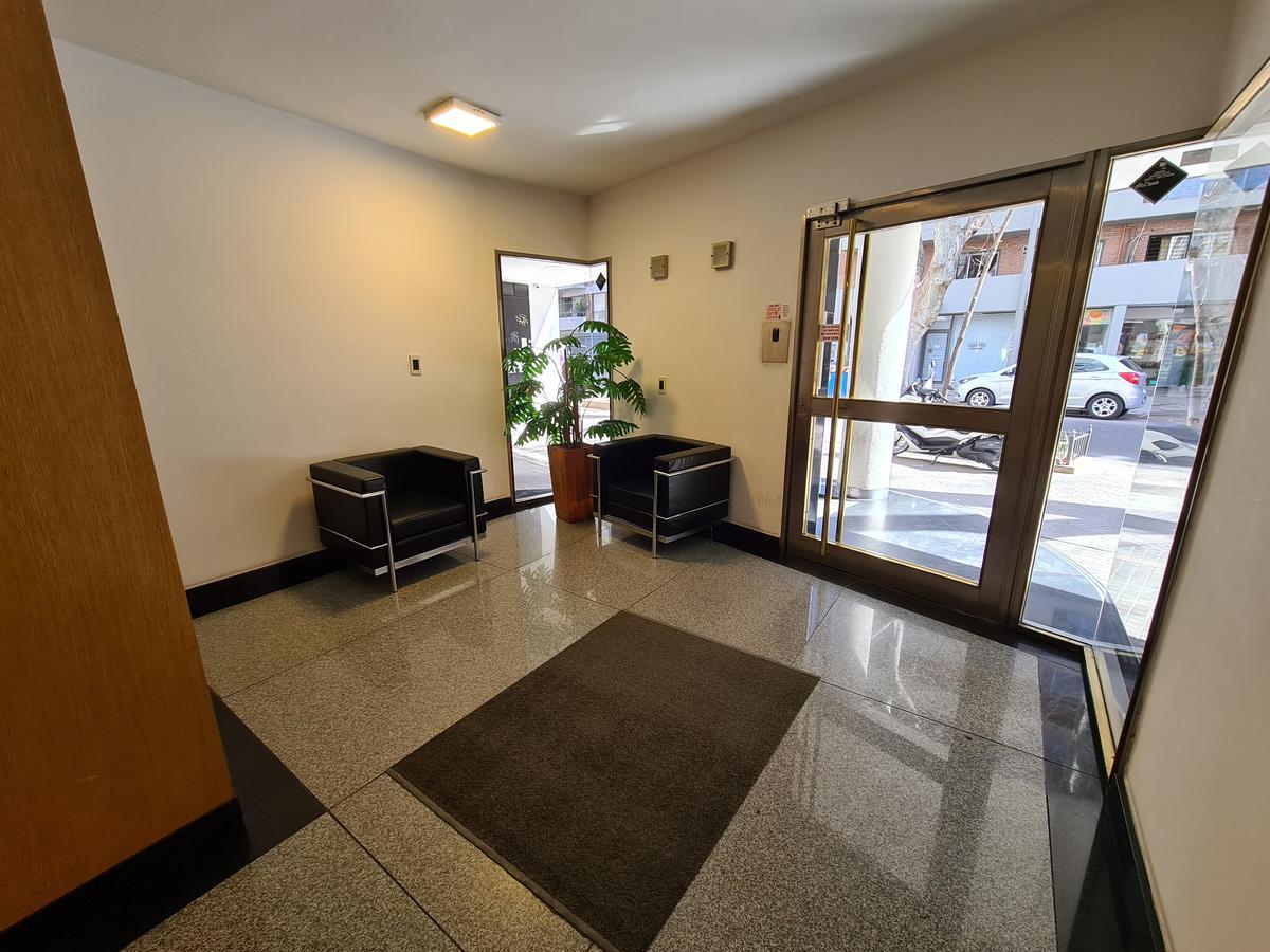 Foto Departamento en Venta en  Centro,  Rosario  Rodriguez al 1200